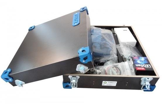 Non, Ribouldingue ne part pas en voyage. Il s'agit de l'imprimante 3D Tobeca, rangée dans sa valise.